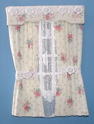 12th SCALE PINK FLOWER ON CREAM CURTAINS