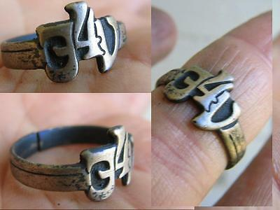 VERY NICE VINTAGE  SILVER RING with ORNAMENT #4615