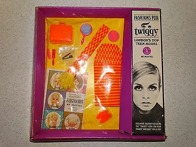 Barbie:  Twiggy NRFB Vintage TWIGSTER Outfit!