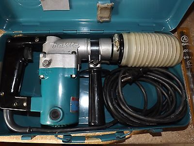 Makita Rotory Hammer Drill Model#HR-1821 with 6 bits sds type