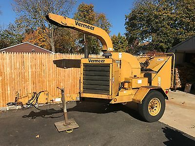 2001 Vermeer BC1230A Chipper Diesel, Low Hours Excellent Condition