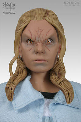 VAMPIRE BUFFY / Slayer Sixth Scale Figure by Sideshow Collectibles BTVS
