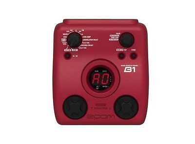 ZOOM B1 BASS EFFECTS PEDAL ( with power supply )