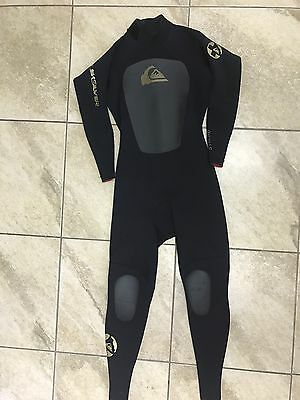 Quicksilver Syncro Full Body Wetsuit LS LARGE-SHORT