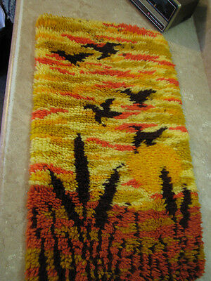 COMPLETED Finished LATCH HOOK RUG Vtg BIRDS/SUNSET/POND ART Hippie WALL HANGING