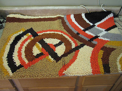 COMPLETED Finished LATCH HOOK RUG Vtg GEOMETRIC ABSTRACT ART Hippie WALL HANGING
