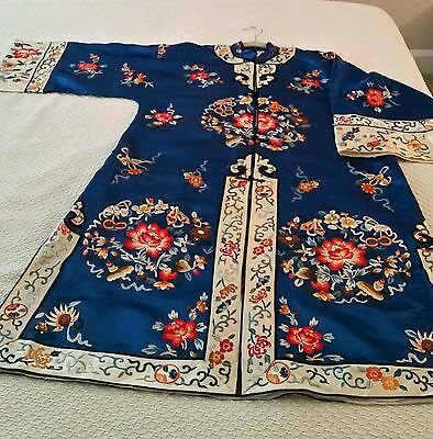 Antique Chinese Silk Floral Embroidered Kimono Robe Coat Border Floral Lined