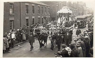 Towngate Leyland Nr Preston Procession Horse & Cart Leyland Bus unused RP pc