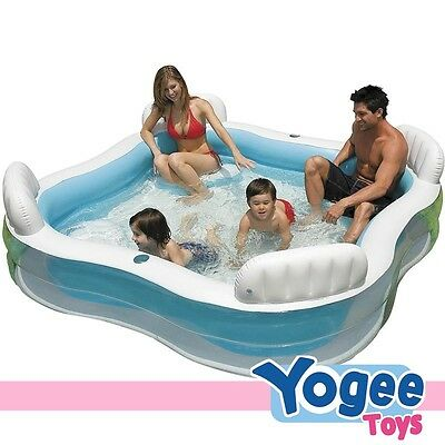 Intex Pool Centre with 4 seats