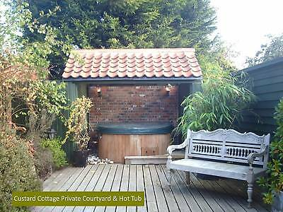 December 5th - 4 night Midweek break  - Romantic Holiday Cottage OWN HOT TUB