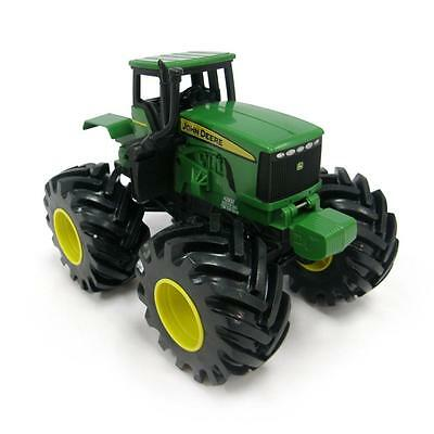 John Deere 42932 Plastic Construction Monster Treads Shake and Sounds Tractor
