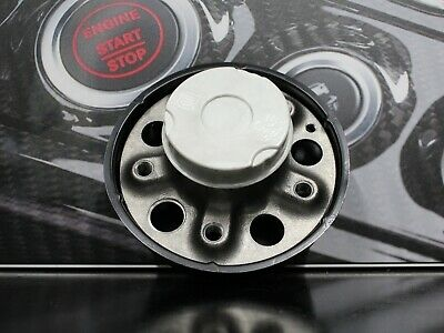 Genuine Mercedes-Benz W203 C-Class CLK Front Wheel Hub With Bearing A2093300325