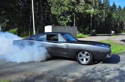 Dodge: Charger 1968 Dodge Charger R/T c/w matching #'s drivetrain