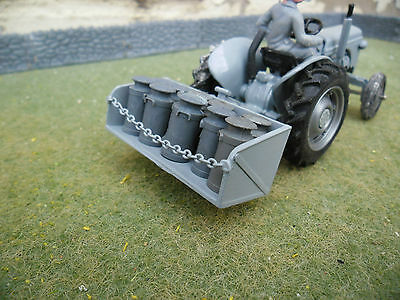Britains Farm SPECIAL Fergy Transport Box & 10 Churns (1/32nd Scale)