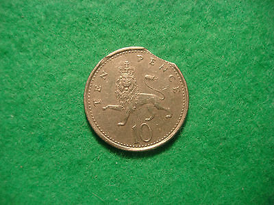 1992 ten pence 10p RARE mint error clipped planchet see pics