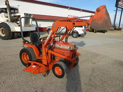 Kubota B1750 Mfwd Compact Tractor With Loader & Mower Deck 2351 Hours
