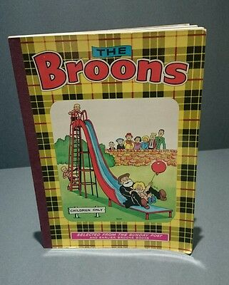Vintage 1975 The Broons annual D C Thomson