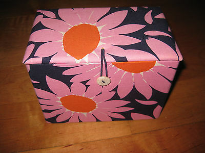 New Vera Bradley Recipe Box Jewelry Sewing Storage Loves Me Daisy RETIRED Floral