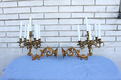 Antique Pair of French Cast Brass Louis XVI Wall Light Sconces, 19th C.