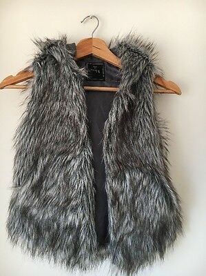 Next Faux Fur Age 7 Hooded Lined Gilet Jacket  T8549