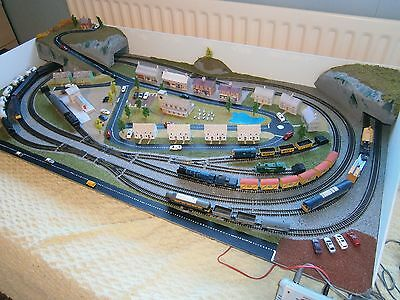 Model Railway Layout in N gauge with Bachmann Controller