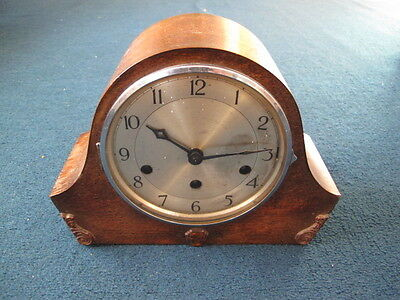 Vintage Mantle Clock Multiple Chimes And Runs