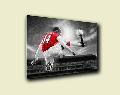 Arsenal Thierry Henry 'Jump' Design Wall Canvas A3