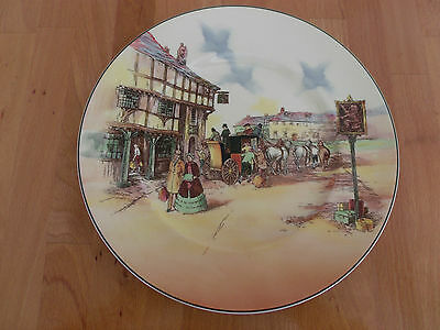 Vintage Royal Doulton Old English Coaching Scenes Decorative Plate.