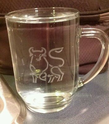 Merrill Lynch Bull Etch Glass Coffee Beer Cup Mug Investment Banking Wall Street