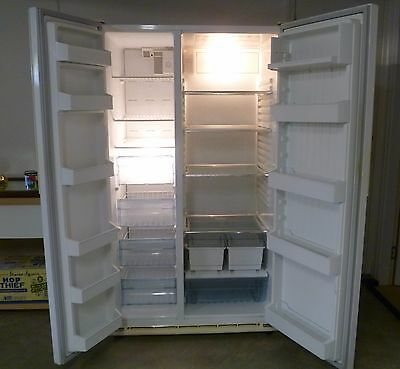 Westinghouse Side By Side 650L Refrigerator - White Rs652
