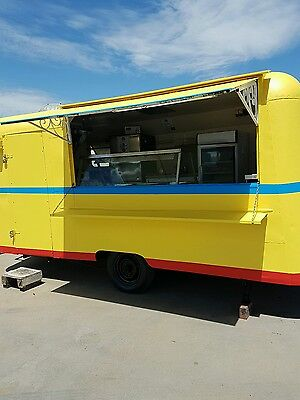 60s RETRO FOOD VAN