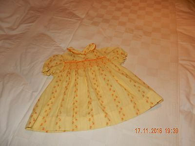 Vintage Baby's Smocked dress New by Dutchmaid  in cotton from the 60'S