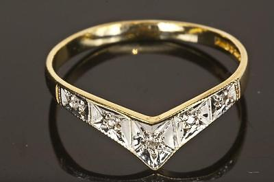 A SOLID 9ct GOLD NATURAL DIAMOND WISHBONE BAND RING SIZE M (US 6.25)