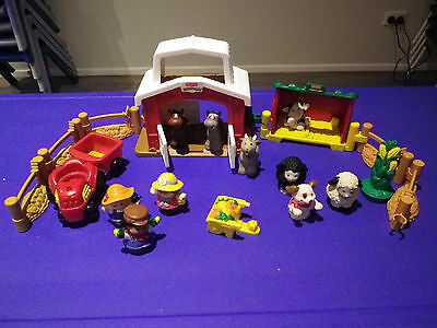 Fisher price Little People Farm Set with Animals + red tractor