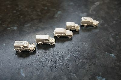 1/200 scale Land Rover set