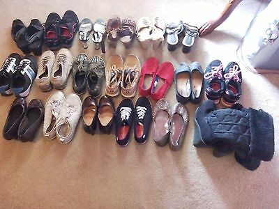 lot of 20 women Guess & Keds & american eagle & qupid shoes from size 8 to 5.5