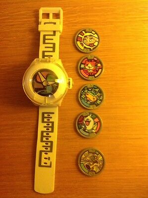 Yo Kai Watch and 5 Medals