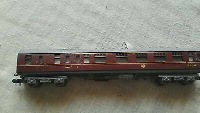 A model railway coach in N gauge by unknown make