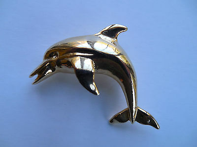 WONDERFUL VINTAGE DOLPHIN PIN/BROOCH,marked by ALI--good quality!