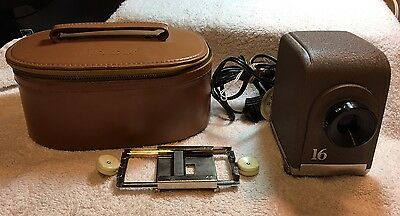 Vintage Minolta Mini 16 Slide Projector With Case Working Condition