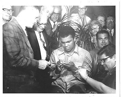 Boxer Muhammed Ali Signing Autograph Photo - Possibly From Original Snapshot?