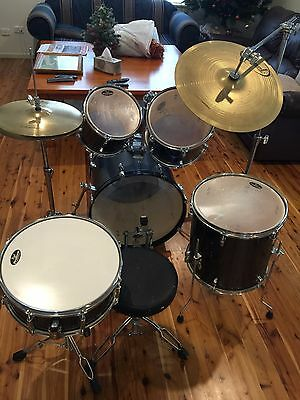 "Pearl 20"" Forum 6 Piece Drum Kit"