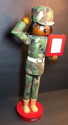 """Nutcracker Female In Army Uniform Saluting With Picture Frame 2012 14"""""""