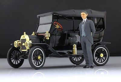 Henry Ford Figure for 1:18 Model T MotorCityClassic  !!