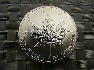 A 1Oz .9999 Fine Silver Canadian Maple Coin