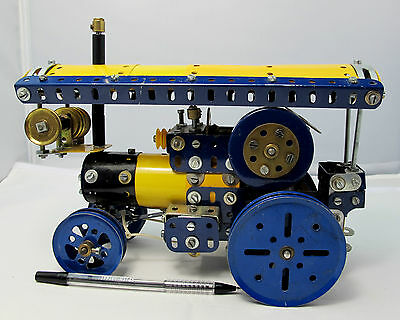 Meccano Tractor Engine 25cm Long 18cm High (2063)