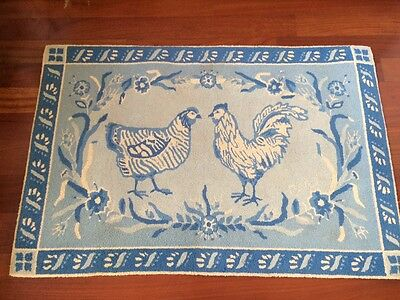 Claire Murray Rug Hand Hooked 100% Wool Country Blue & White 32 X 50