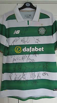 """Signed """" CELTIC F.C. """" 2016/17 HOME Shirt Signed by 25 (PROOF & COA)"""