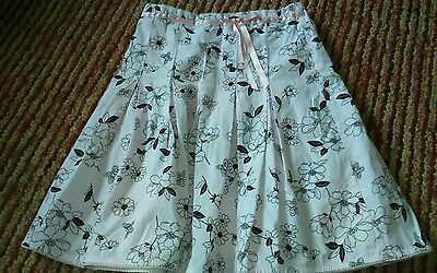 Girls skirt by marks and spencer Age 9