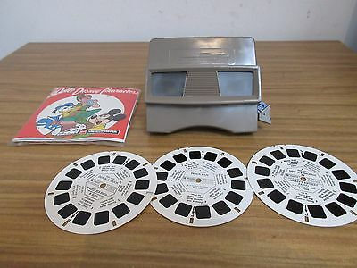 View Master And 3 Disc Set Of Walt Disney Characters